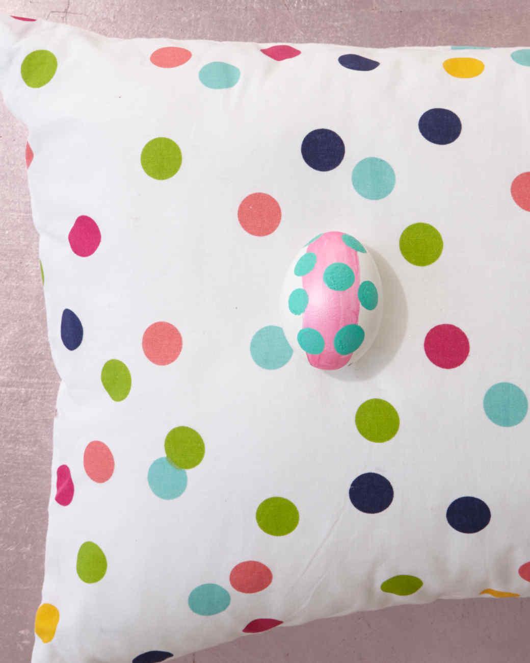 polkadot-pillow-0011.jpg