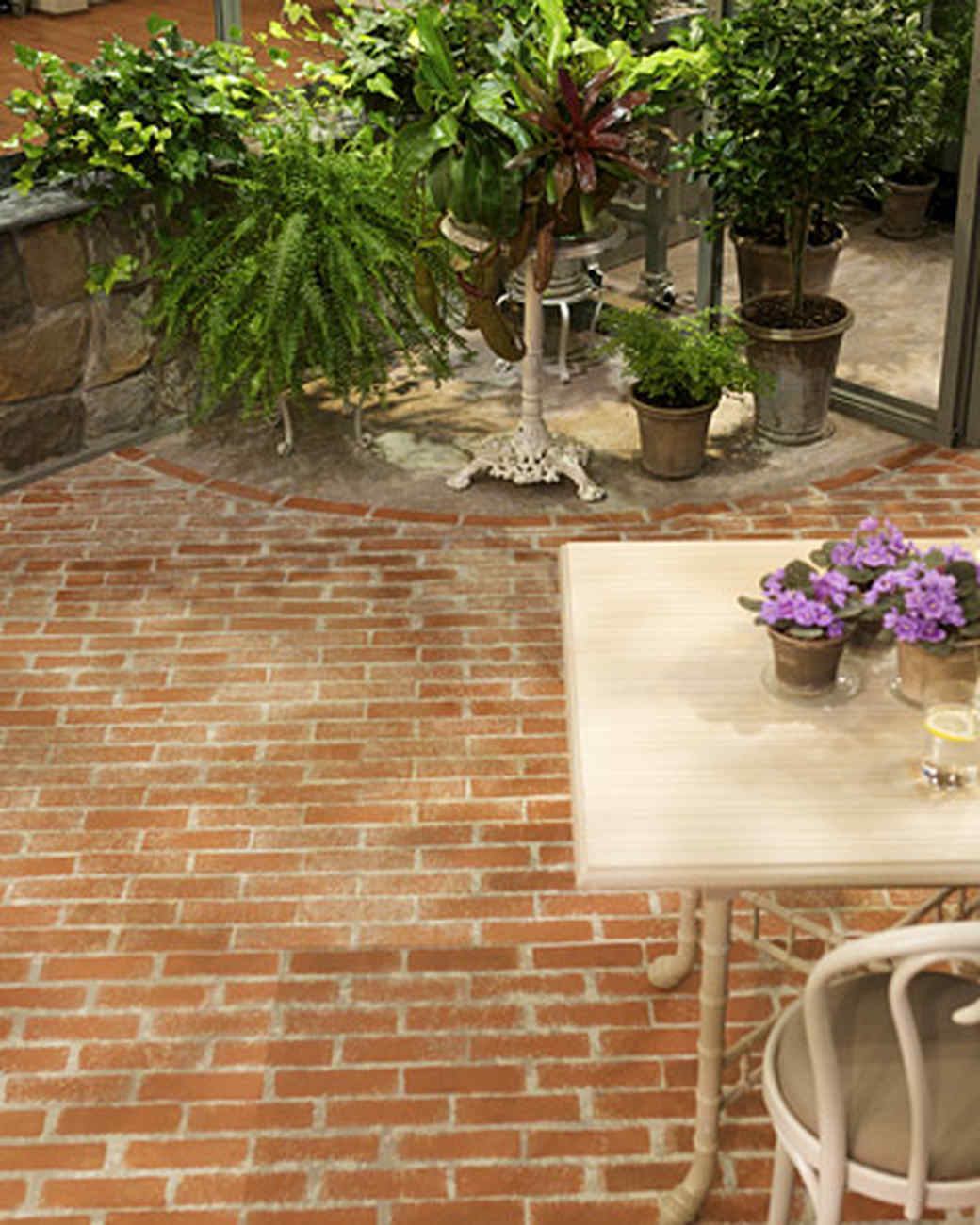 Faux brick painting video martha stewart dailygadgetfo Images