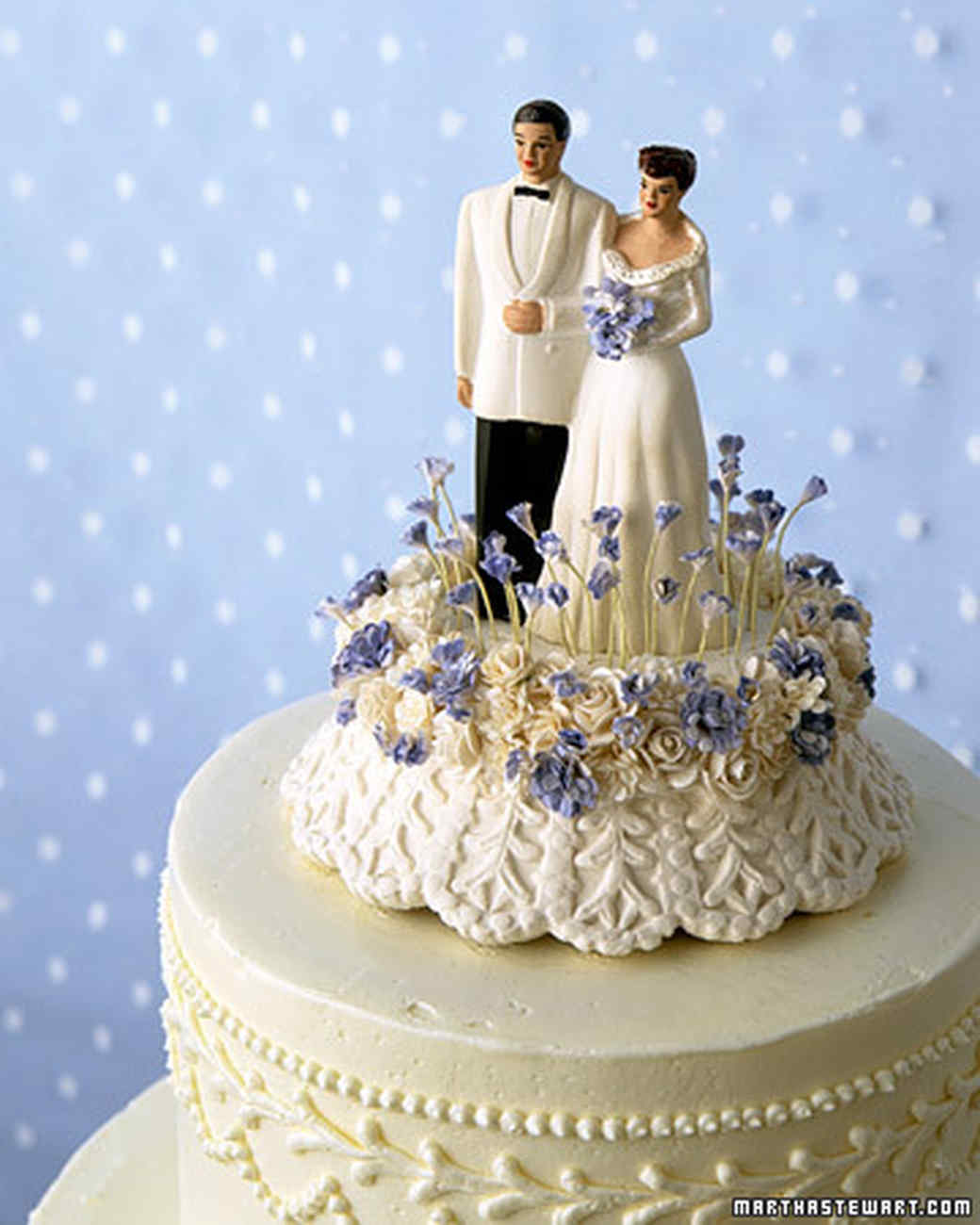 Cake Toppers: Vintage Bride and Groom