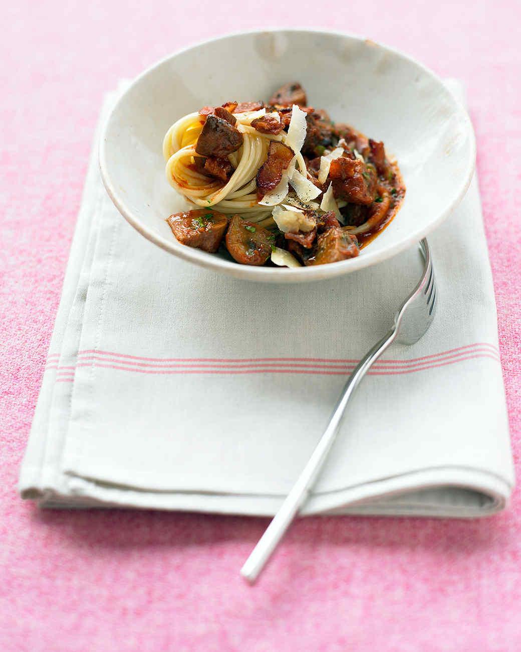 Mushroom Ragout with Pasta