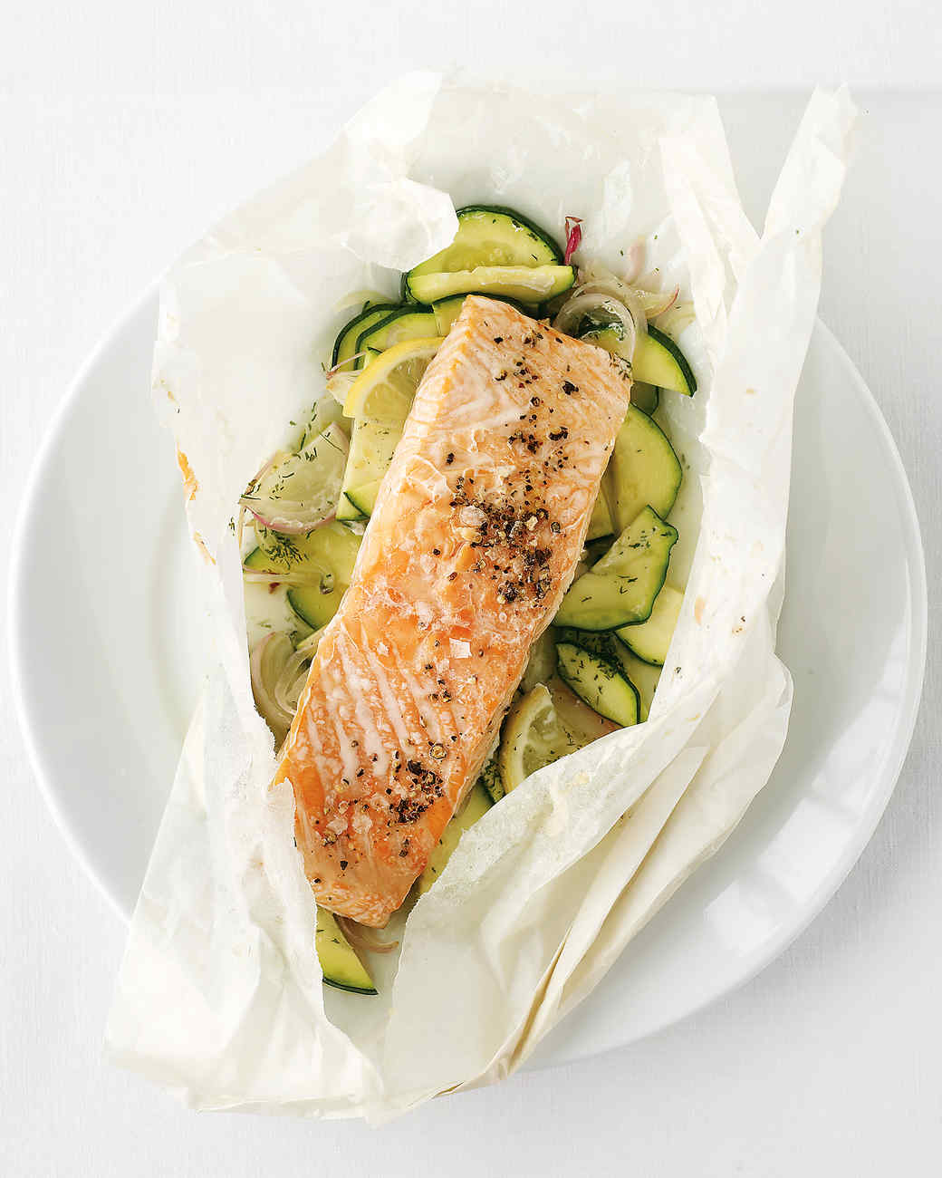 in parchment recipes dishmaps salmon with fennel baked in parchment ...