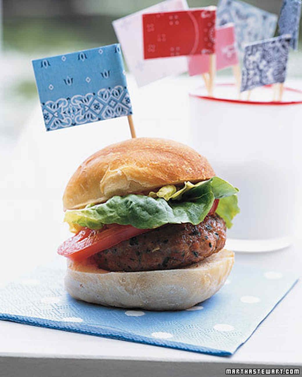 mla102496_0707_burger.jpg