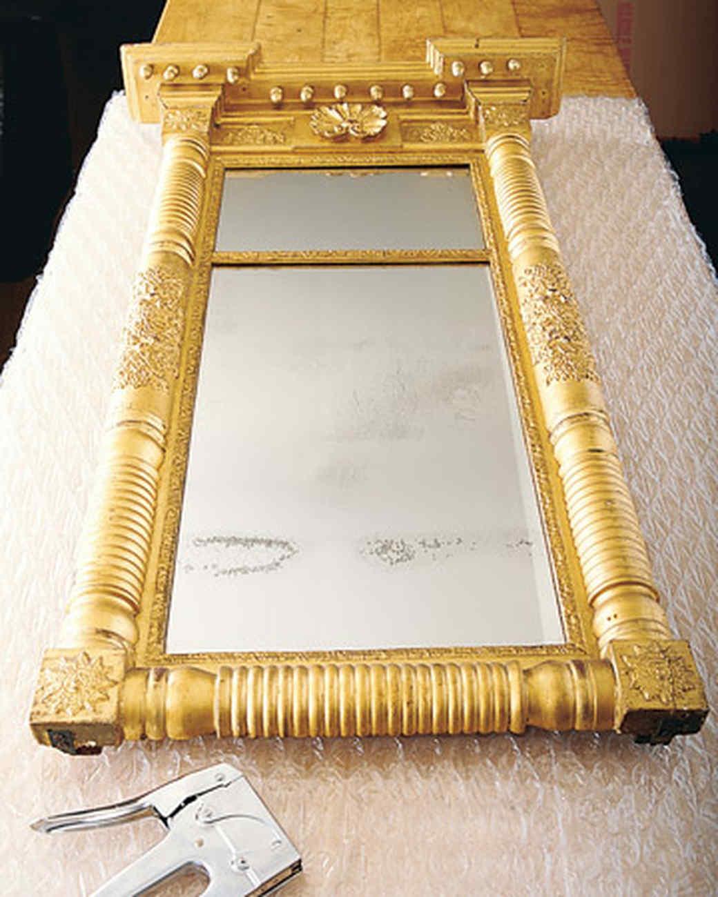 mla103230_0907_mirror.jpg