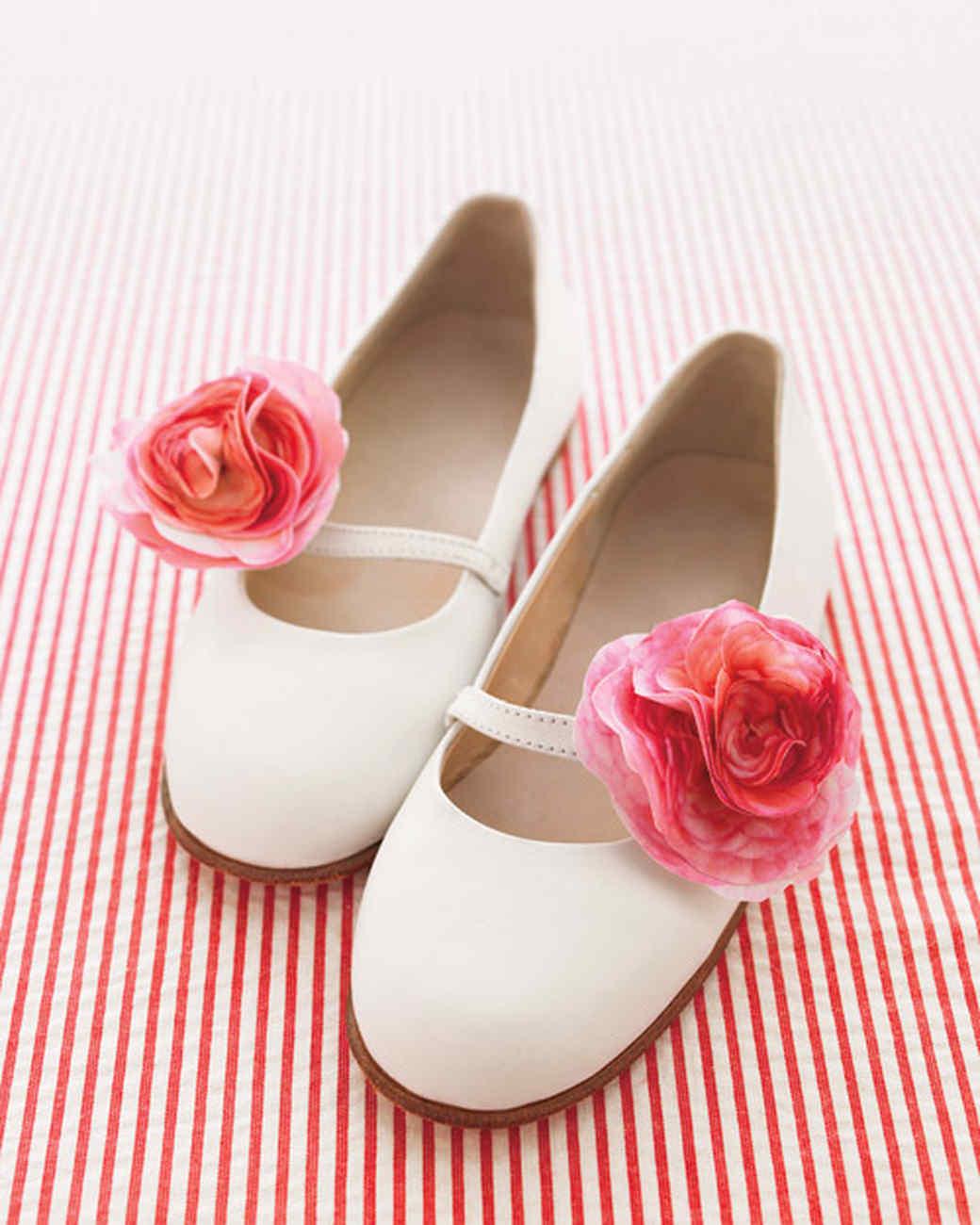 mwd105402_sum10_shoes.jpg