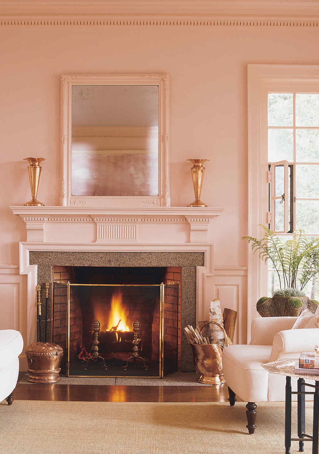 pink-living-room-1016.jpg (skyword:349615)