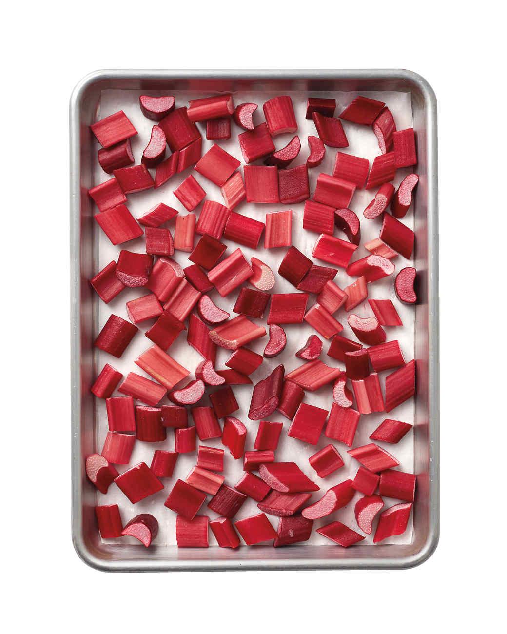 rhubarb-mld110974-128.jpg