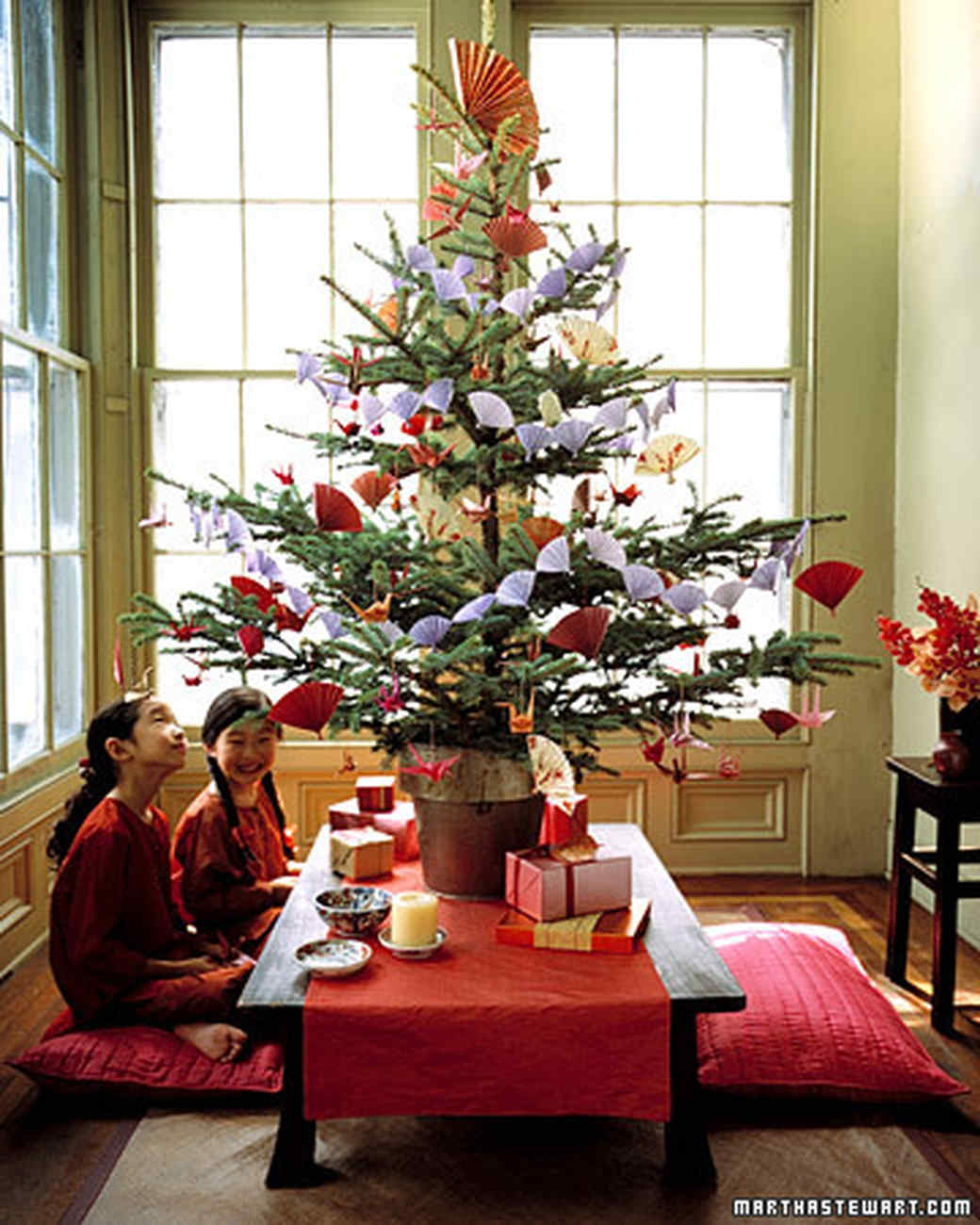 Creative Christmas Tree Decorating Ideas Martha Stewart - Best red christmas decor ideas