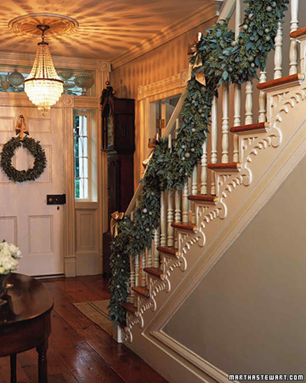Stairway Garlands