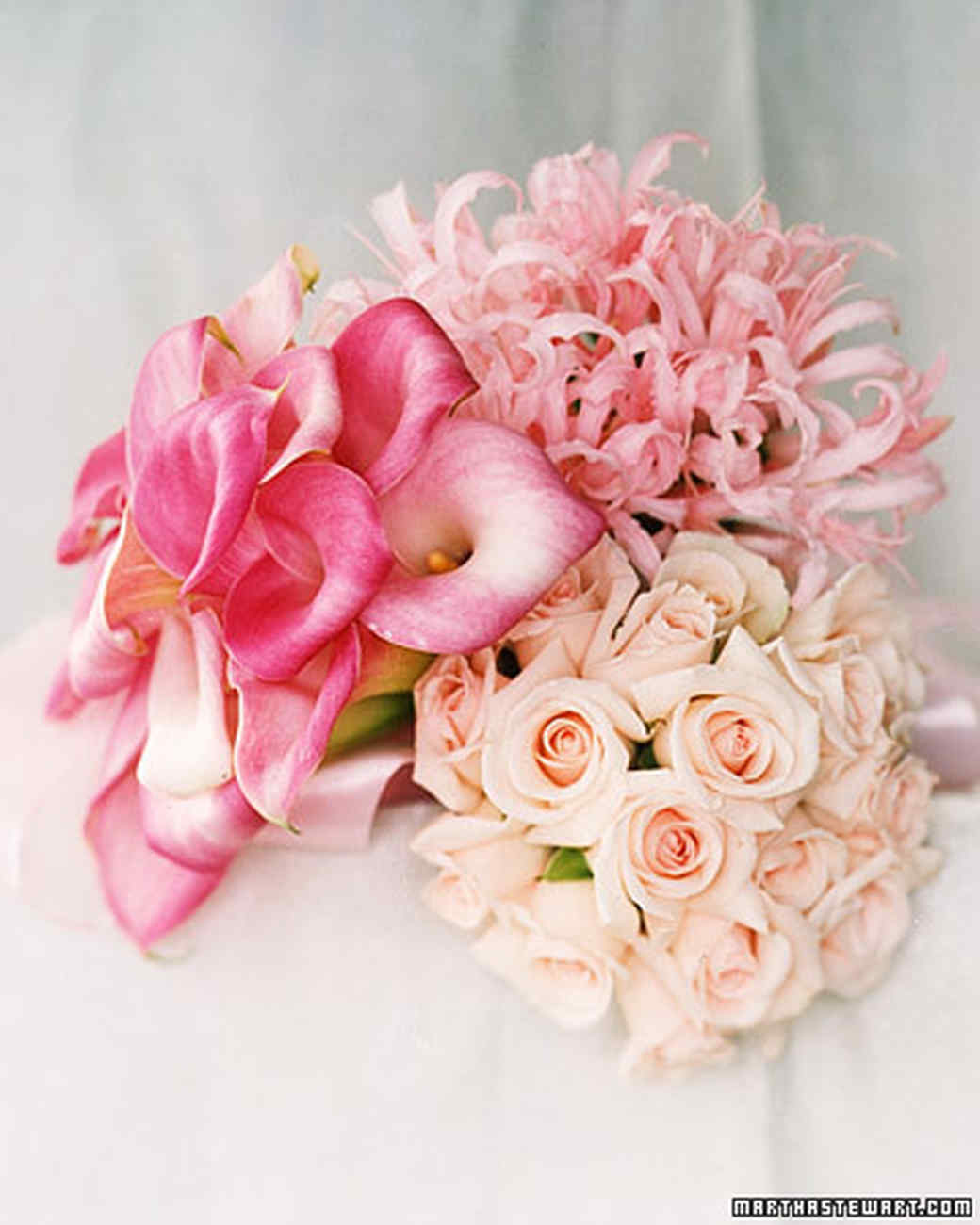 Bouquets for Brides and Bridesmaids: A Profusion of Pinks