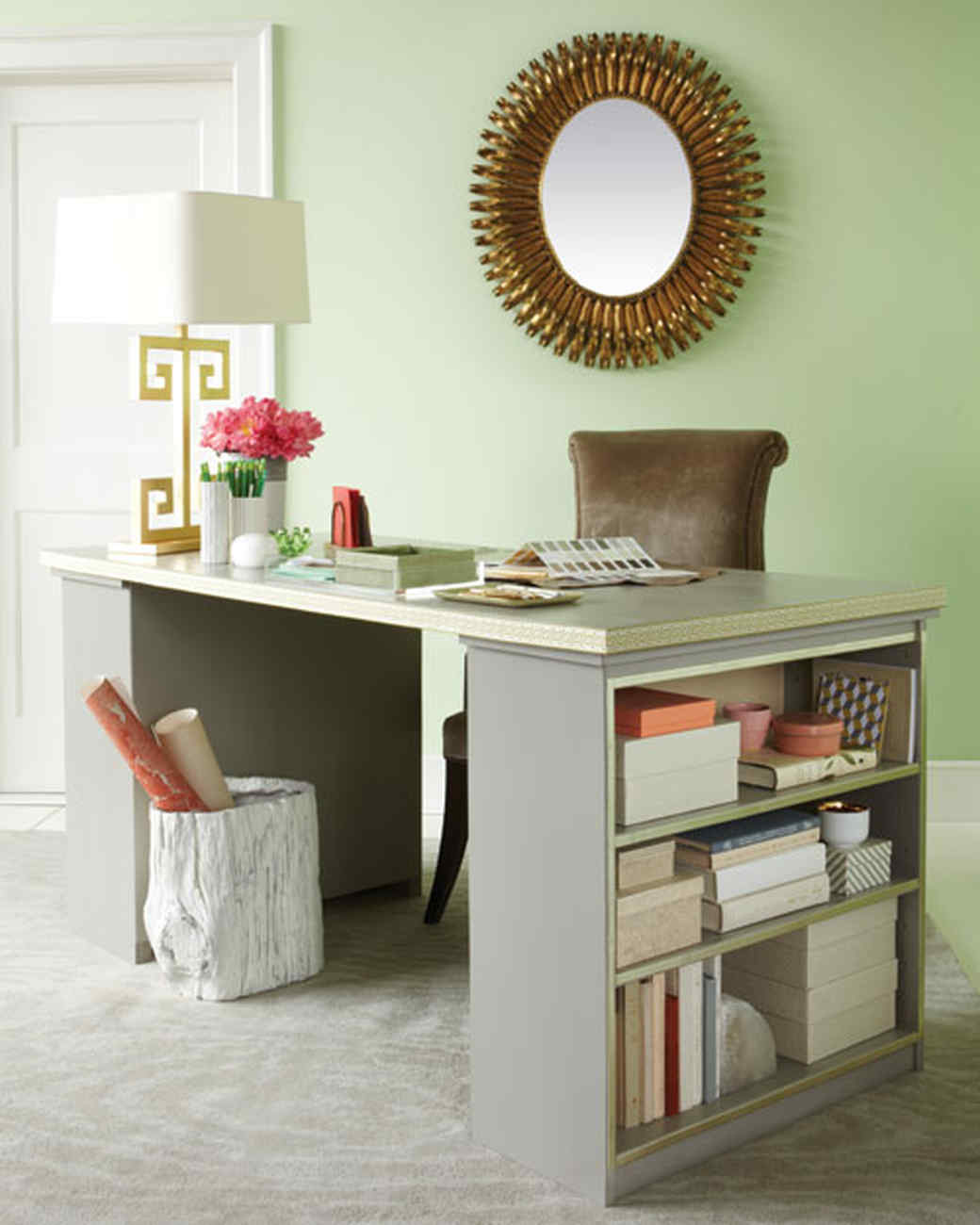 Desk organizing ideas martha stewart for Ideas para decorar un estudio