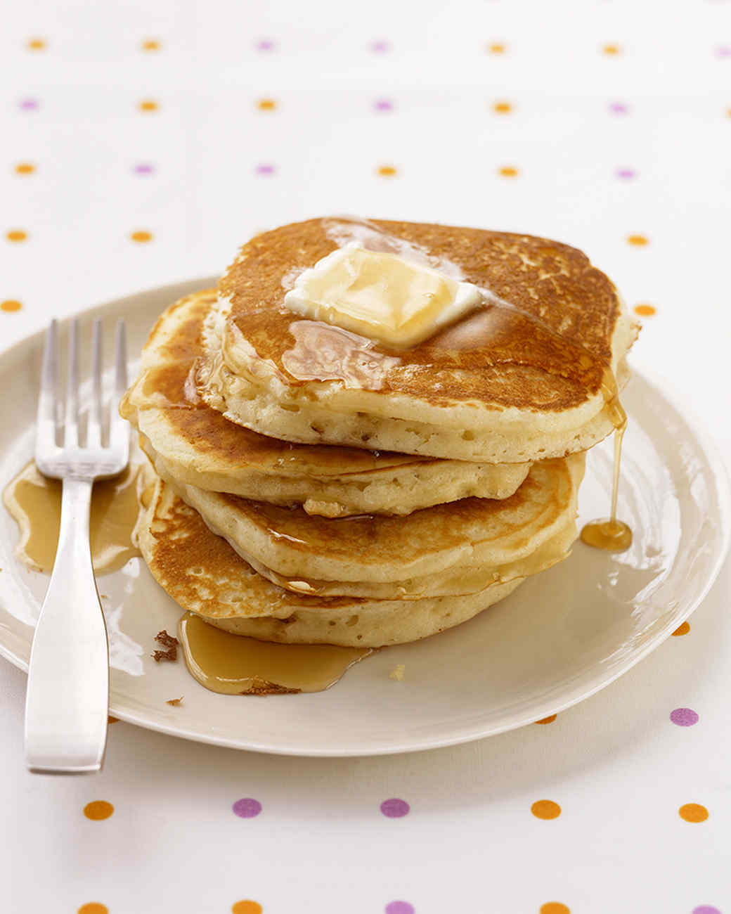 Cooking American pancakes (photos and video)