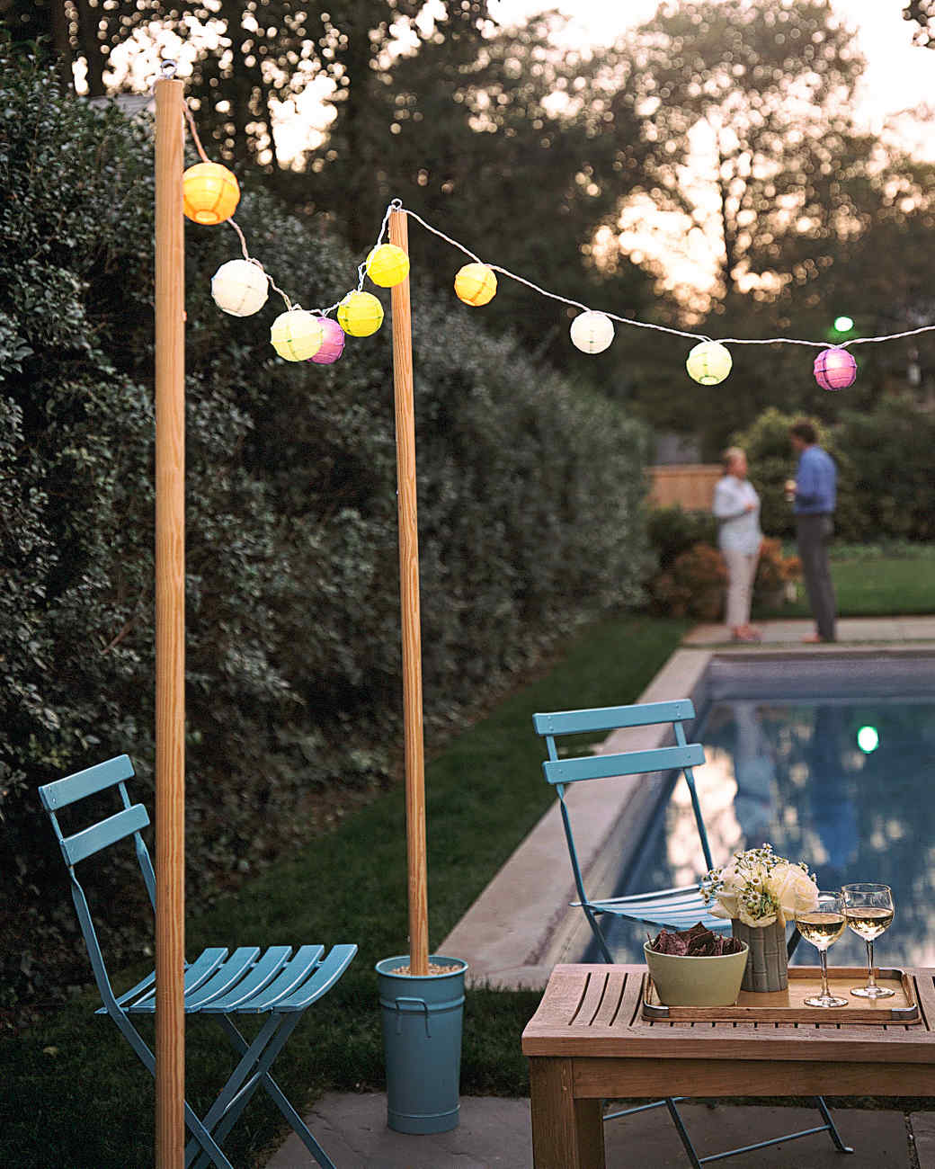 Outdoor lighting ideas martha stewart for Terrace party decoration