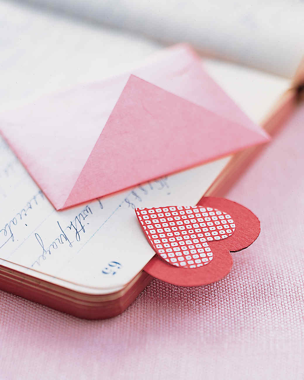 Pink heart bookmark | Christmas Gifts For Girlfriend | DIY Gifts For Your BFF