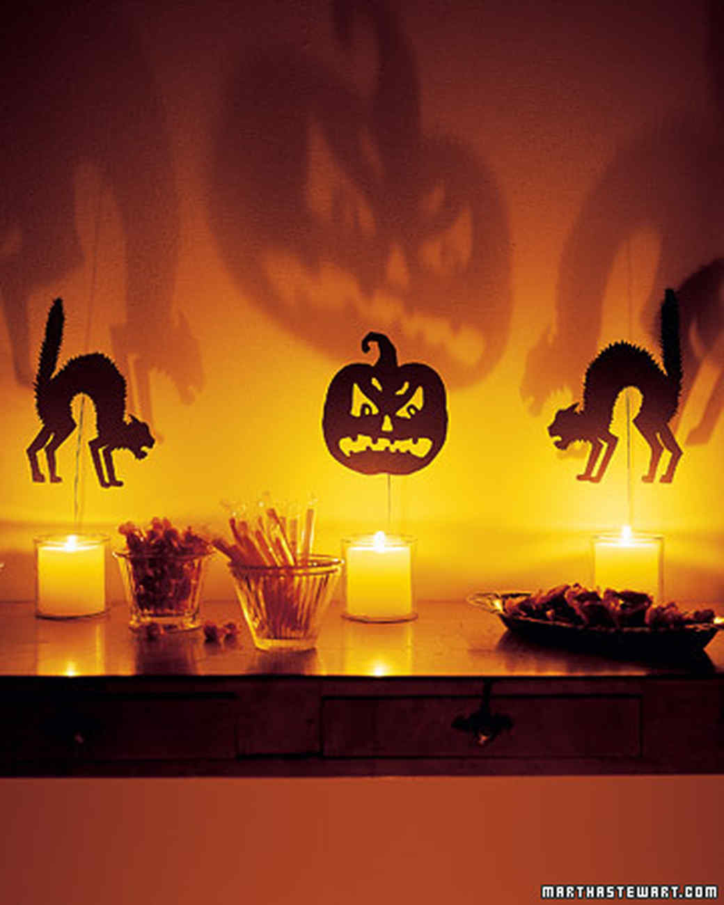 halloween decorating and craft templates martha stewart - Easy Halloween Party Decorations