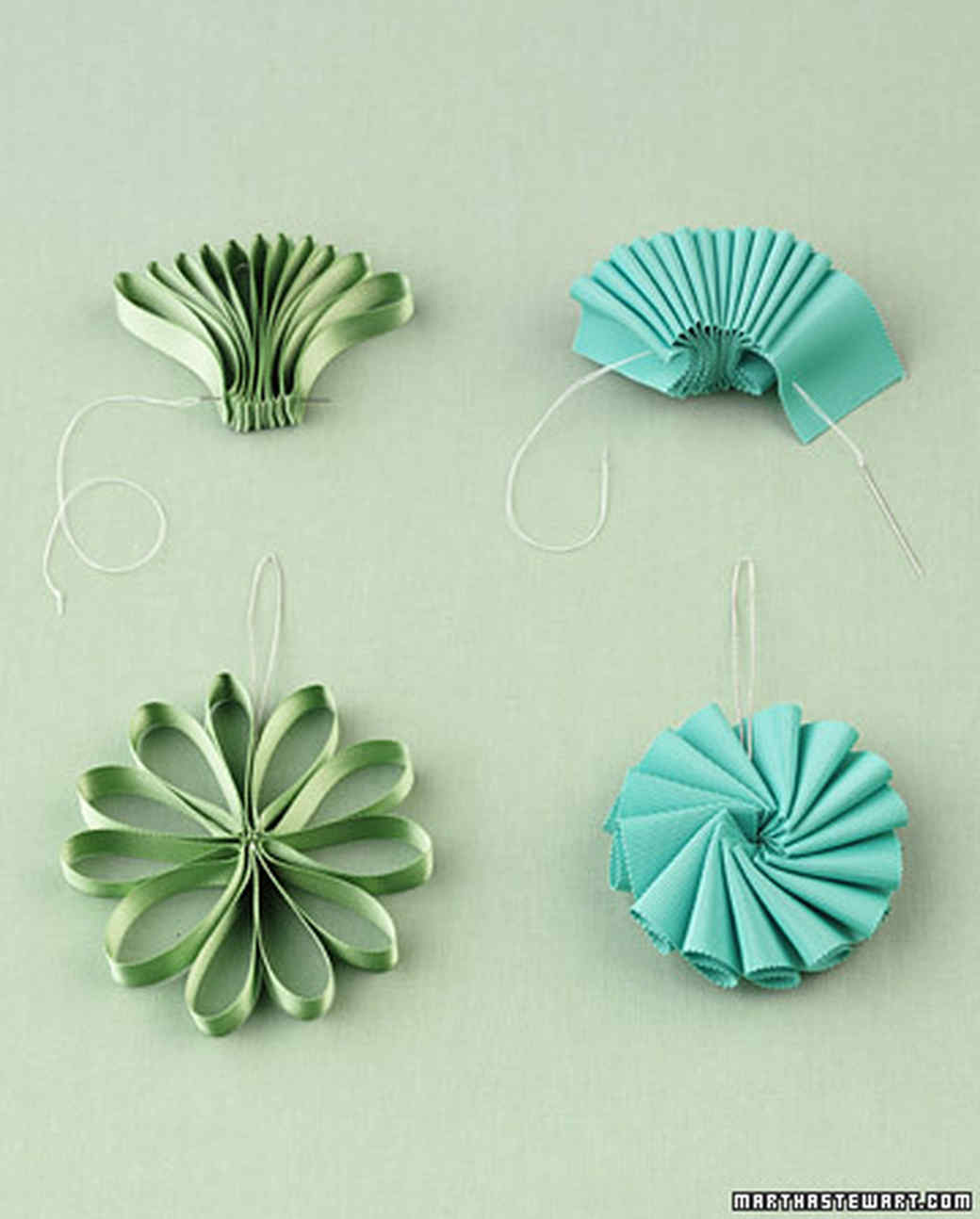 How to decorate with ribbons