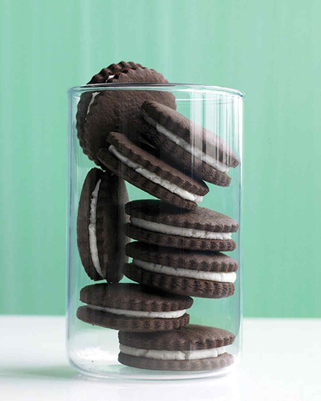 Chocolate 'n' Cream Sandwich Cookies