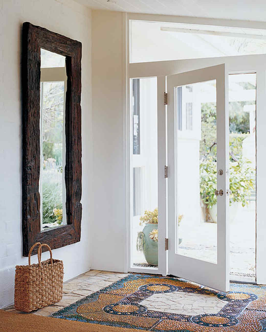 This Lantern Inspired House Design Lights Up A California: Home Tour: A Light And Bright California Home