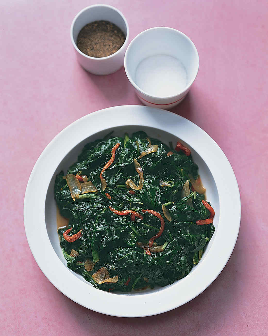 Sauteed Spinach with Roasted Red Pepper