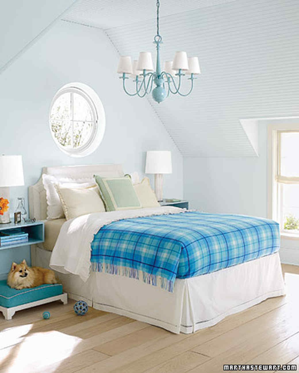 Variations of Blue Bedroom Decorating Ideas