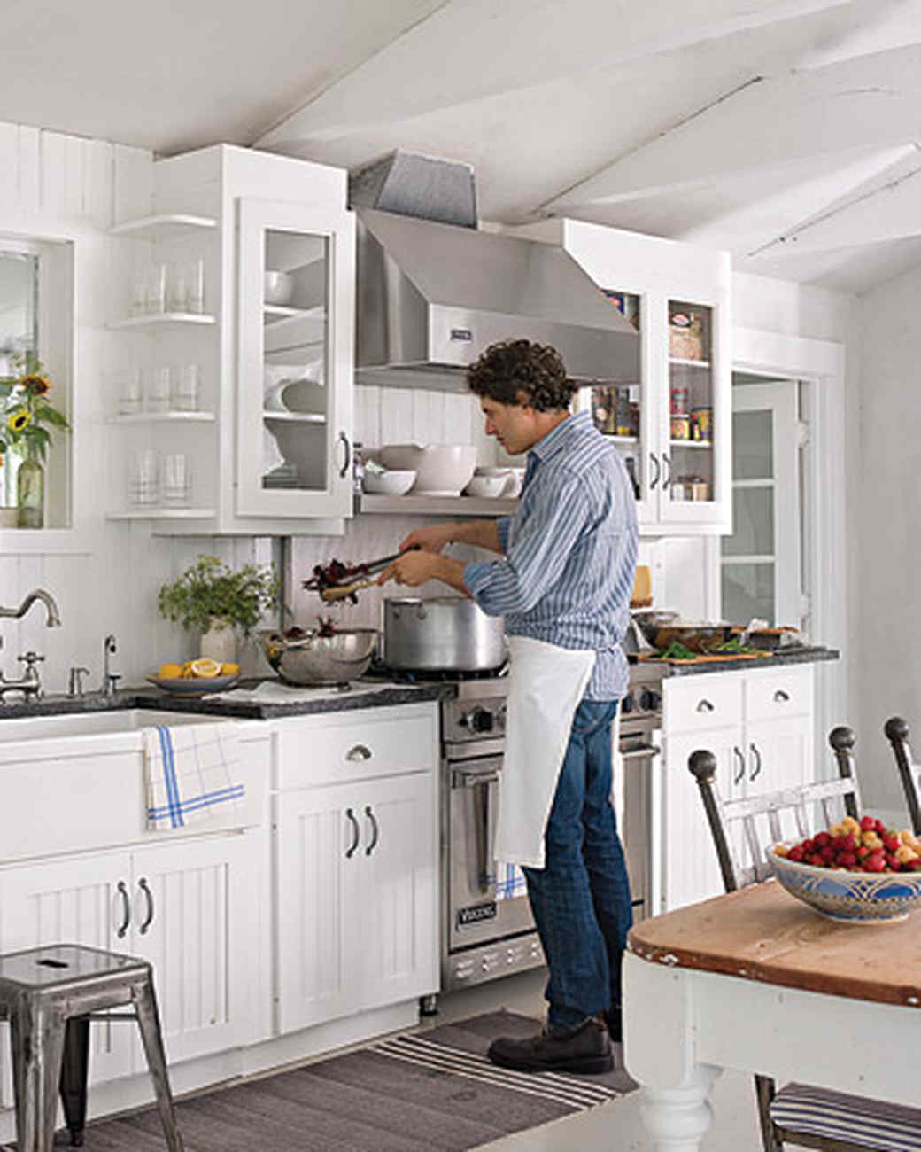 mld103531_0708_kitchen.jpg