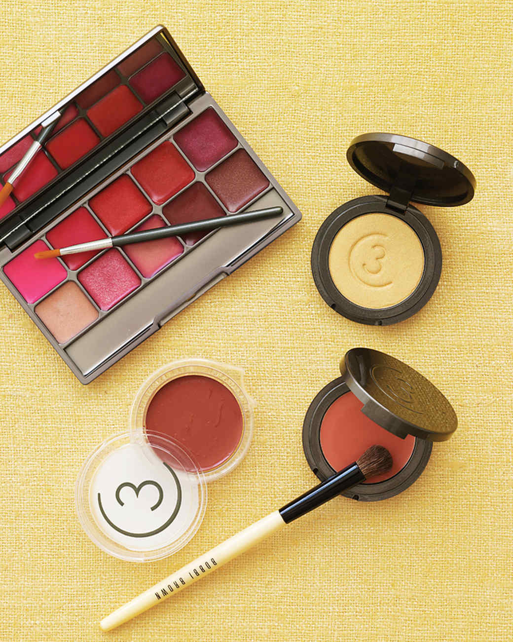 mwd104251_win09_makeup.jpg