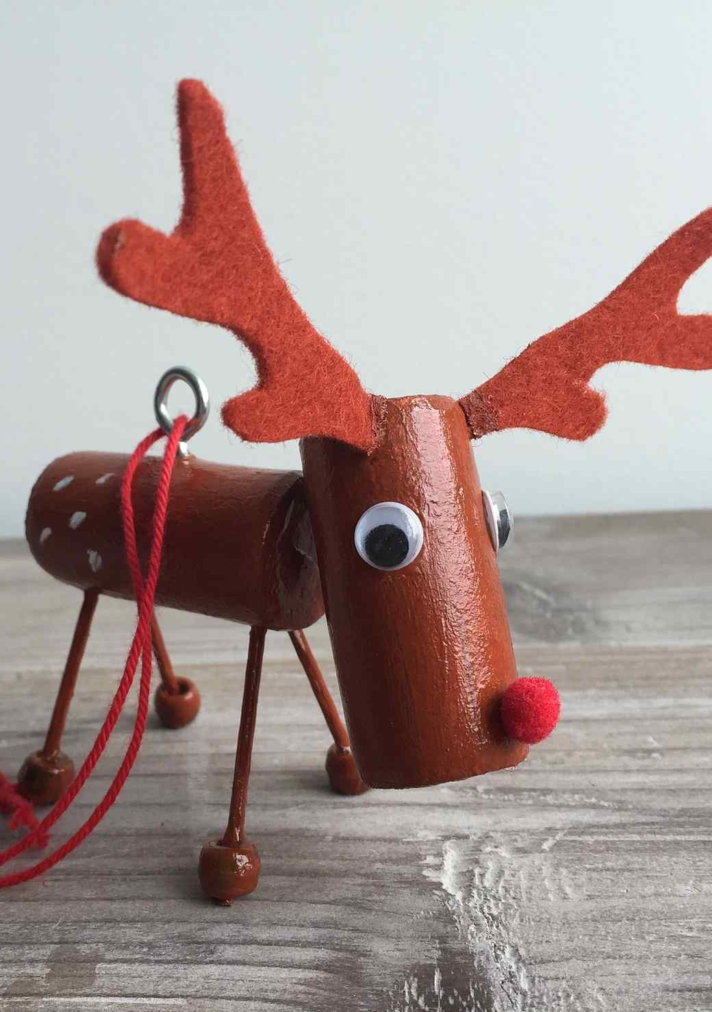 A DIY Reindeer Ornament That'll Go Down In History!