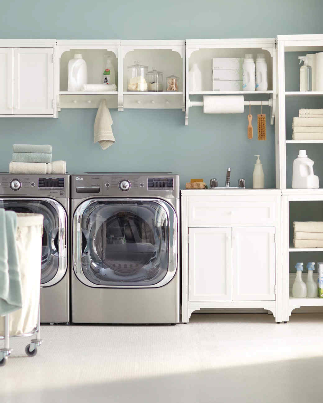 12 essential laundry room organizing ideas martha stewart for Utility room ideas