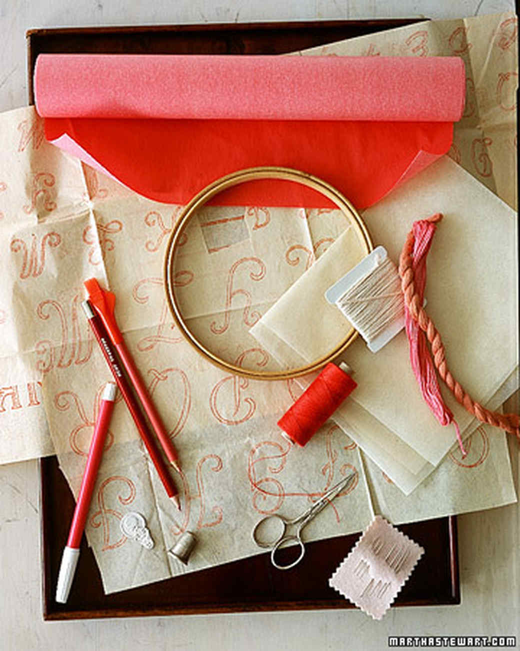 a98578_0201_embroidery5.jpg