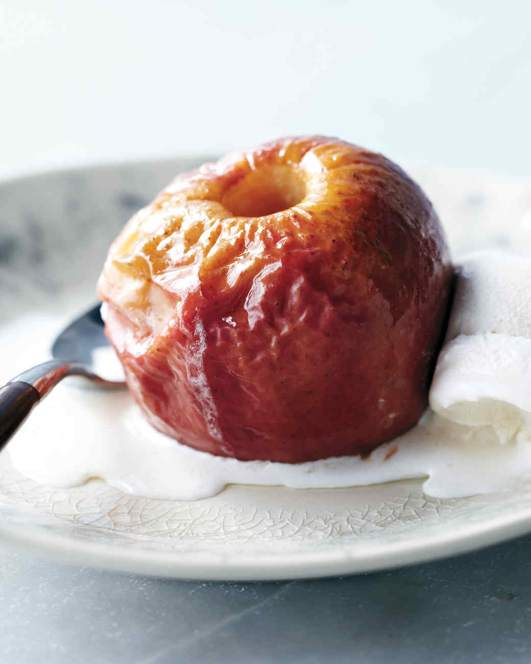 Roasted Apples with Ice Cream
