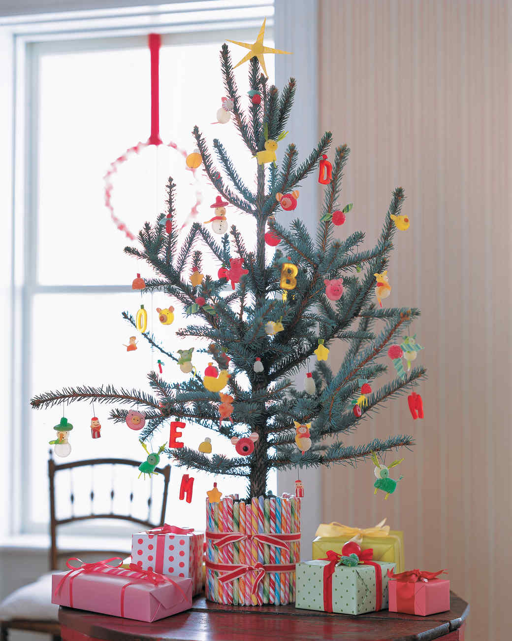 28 creative christmas tree decorating ideas martha stewart - Child Proof Christmas Tree Decorations