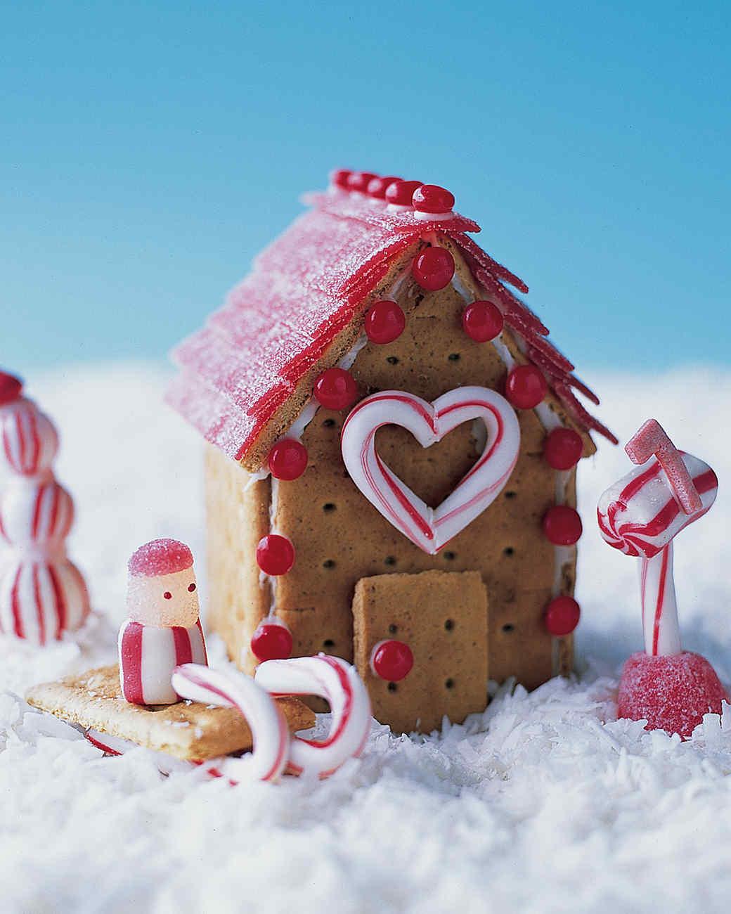 Building Cookie Cottages:  Peppermint Place