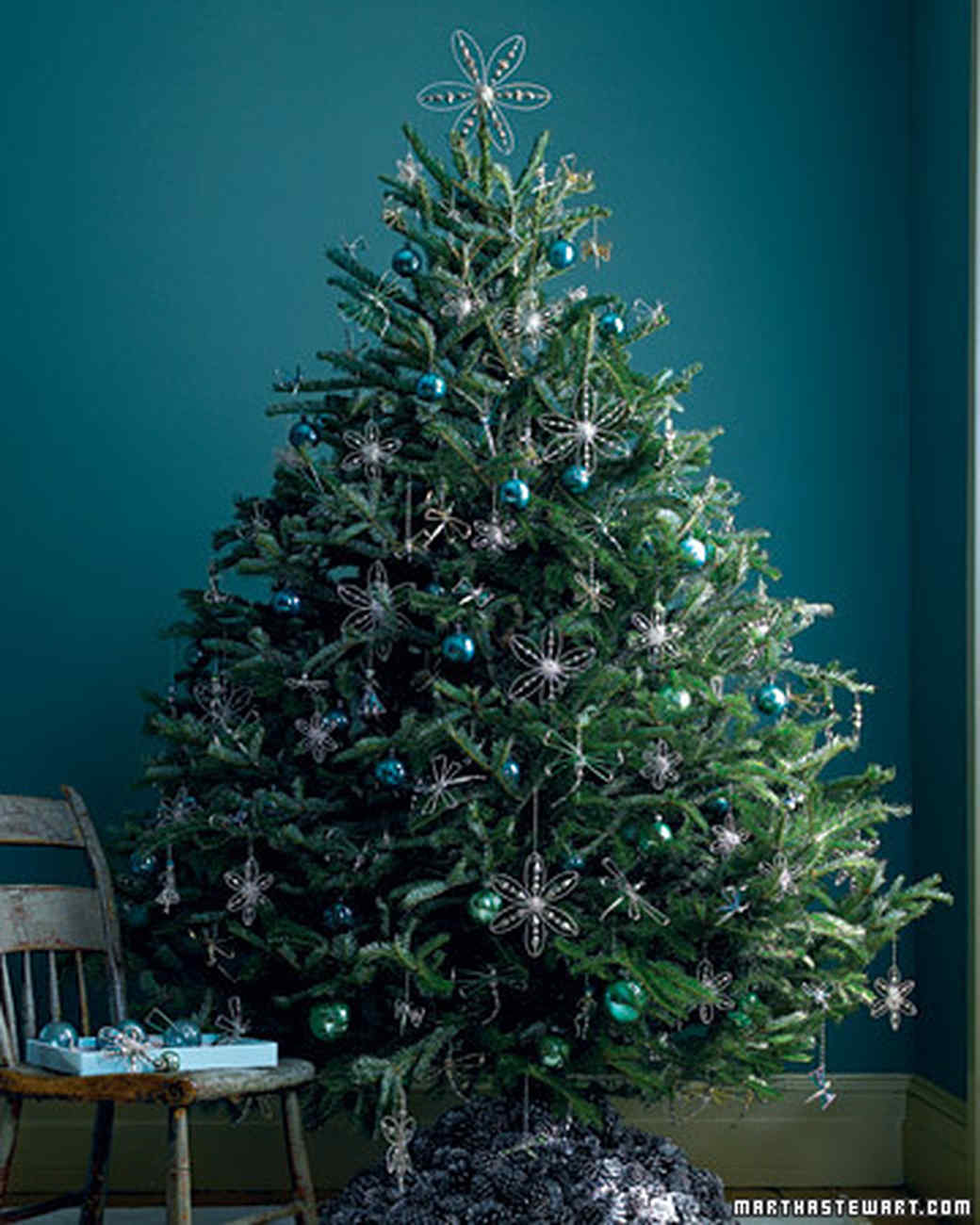Blue christmas trees decorating ideas - Blue Christmas Trees Decorating Ideas 55