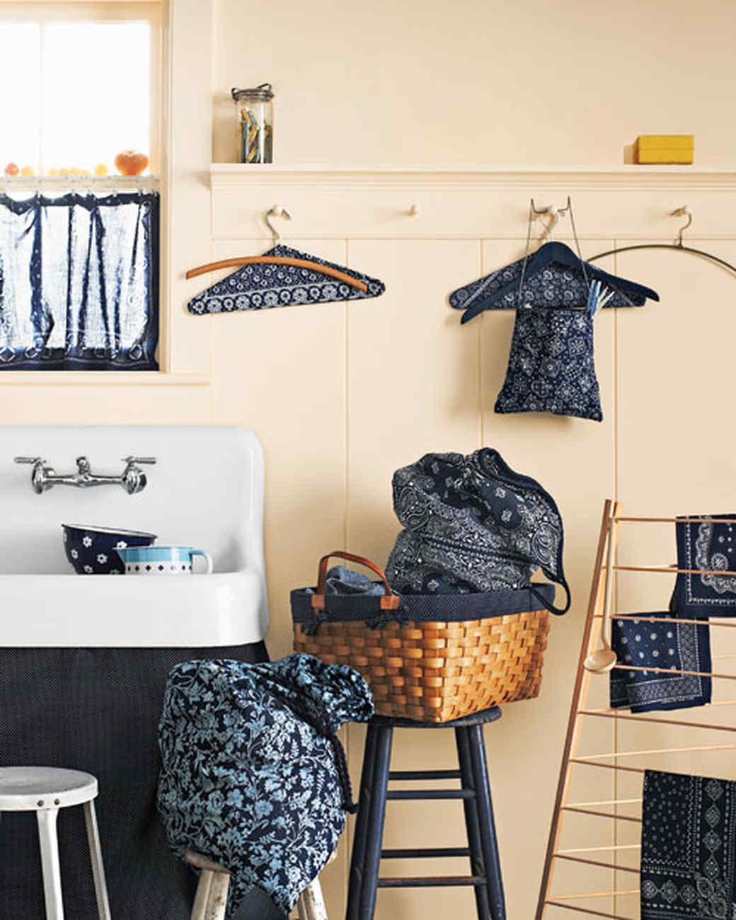 Bandanna-Lined Laundry Basket