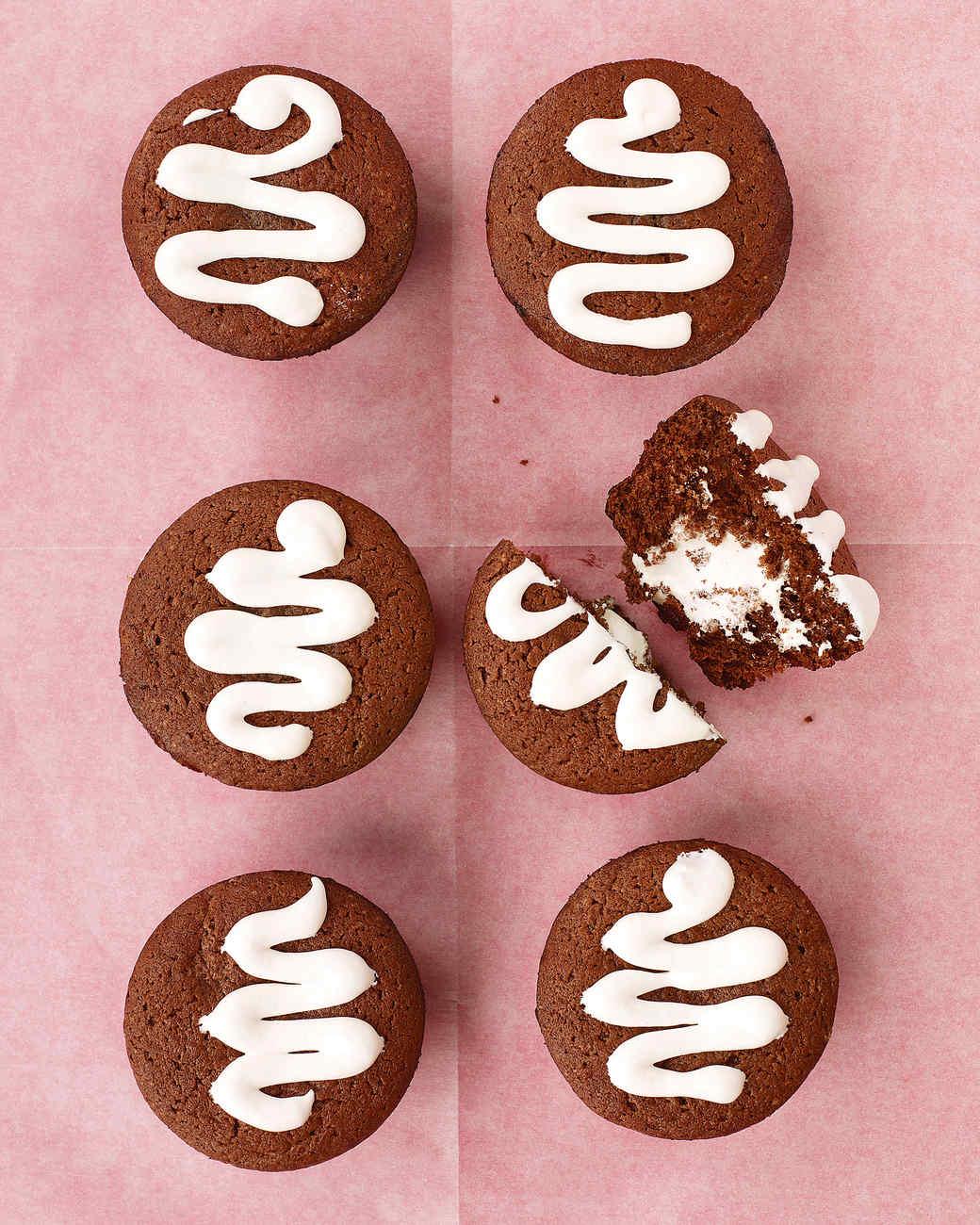 med102787_0407_cupcakes.jpg
