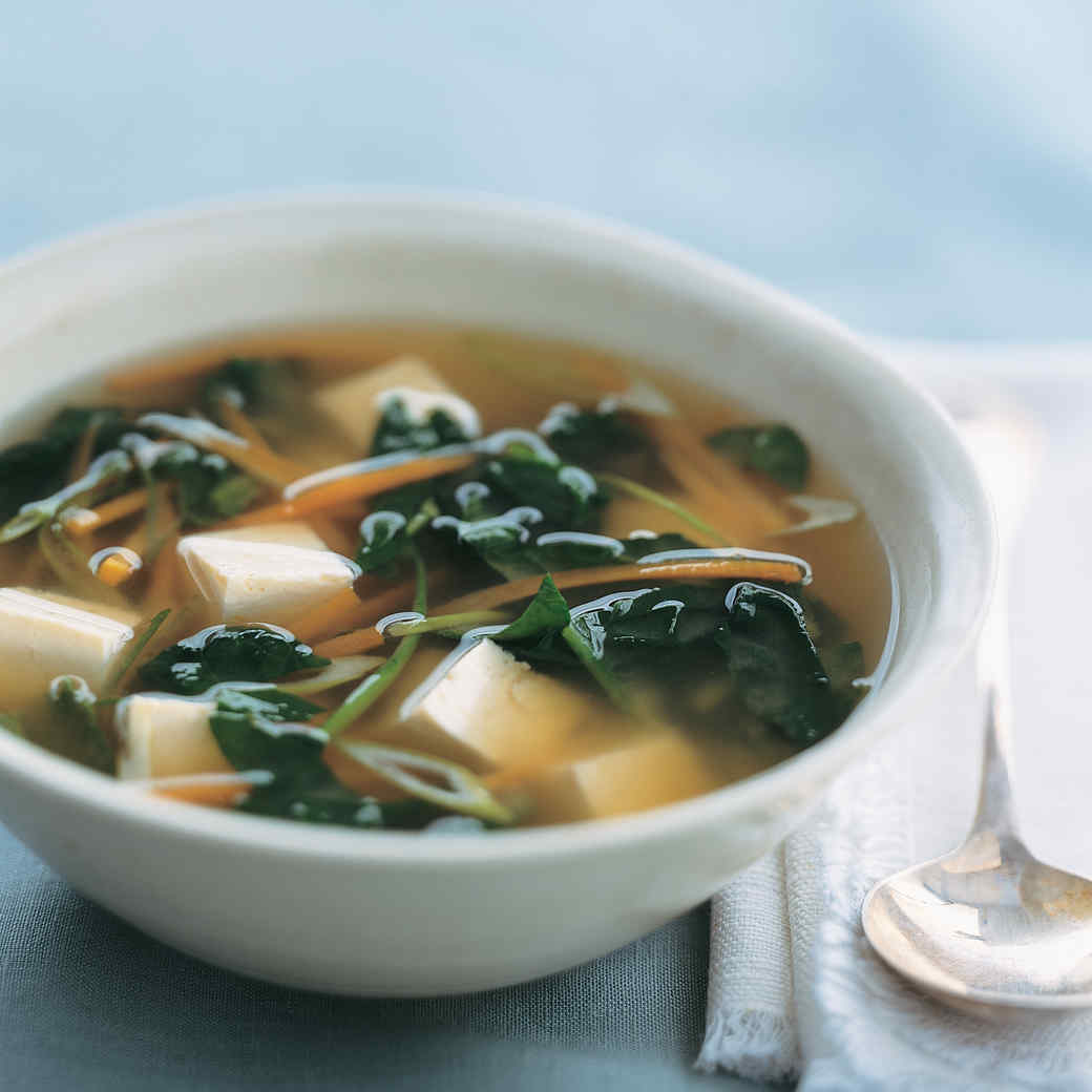 Miso Soup with Tofu, Spinach, and Carrots
