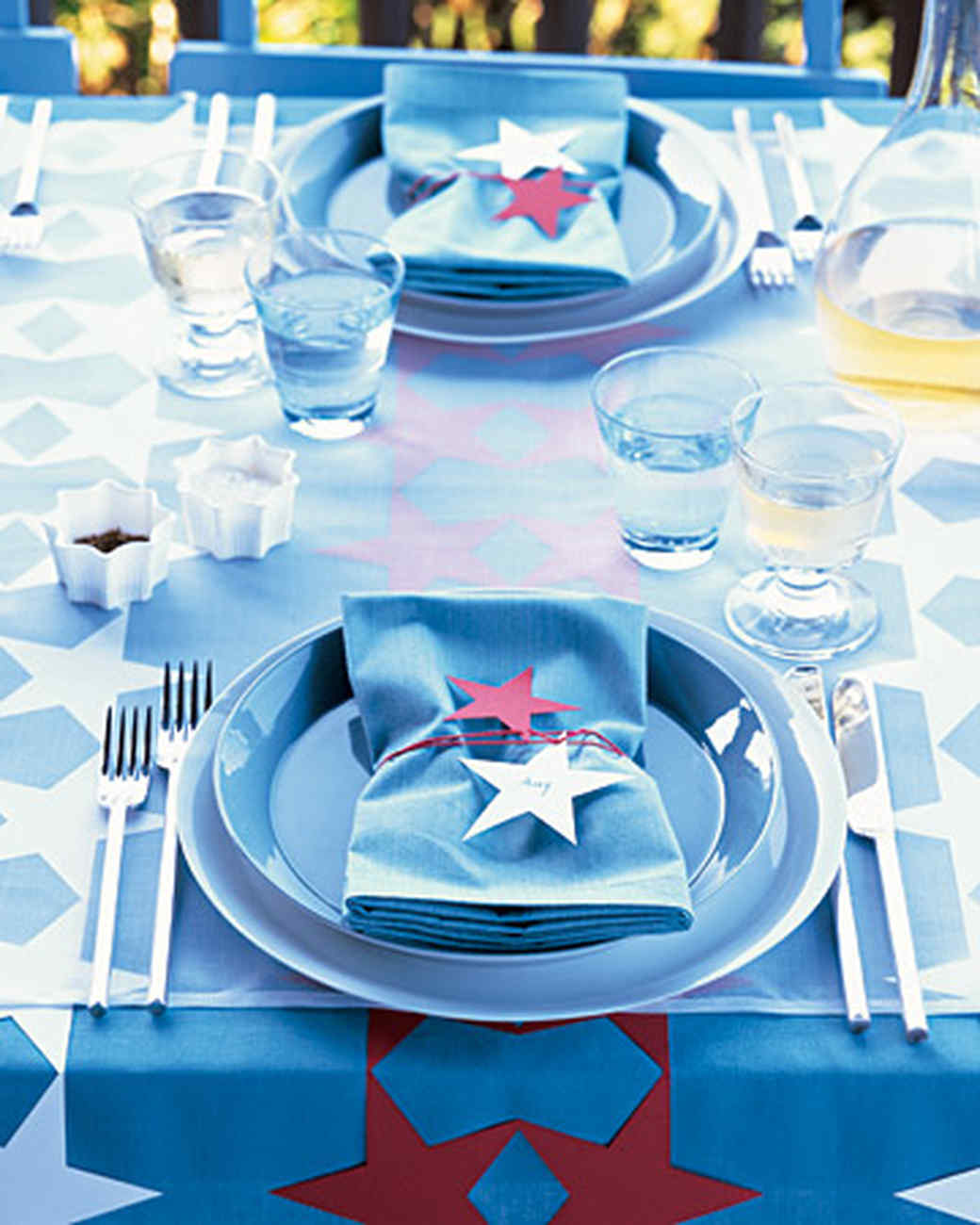 Table decorations blue - Patriotic Red White And Blue Crafts And Party Decorations Martha Stewart