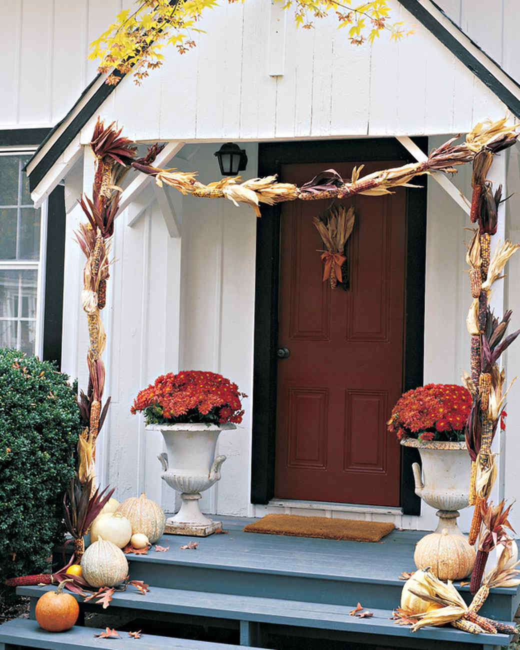Small Event Decor: Fall Harvest Decorating