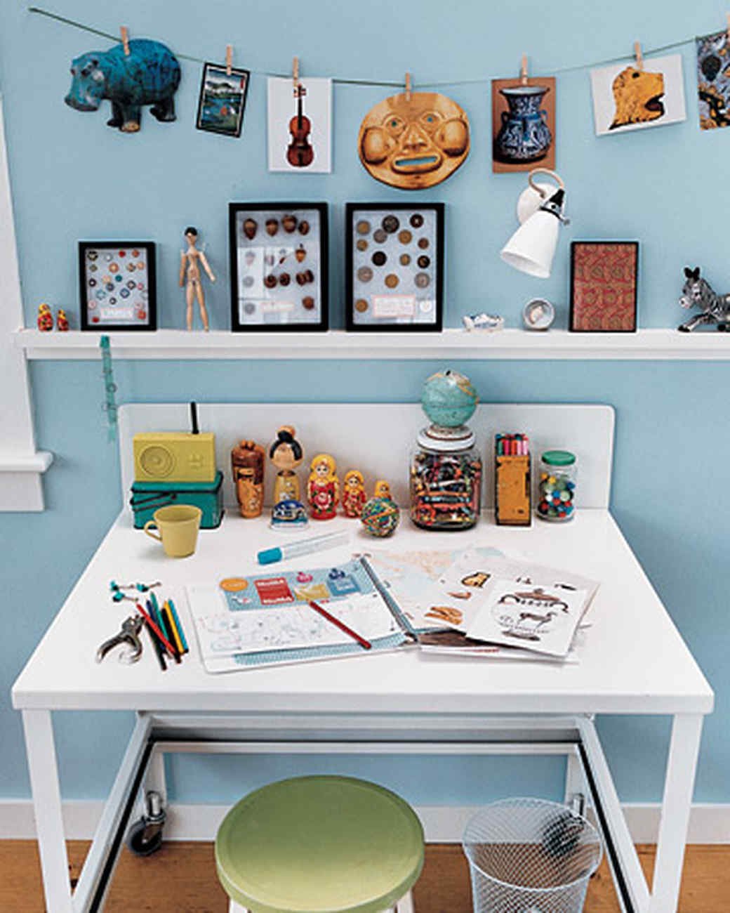 Kid Collector Desk