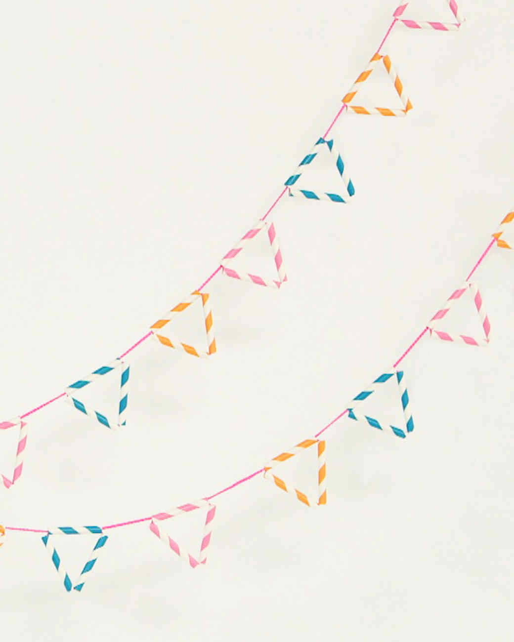 paper_straw_garlands.jpg