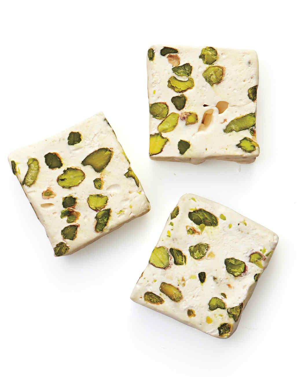 pistachio-024-mld110044.jpg