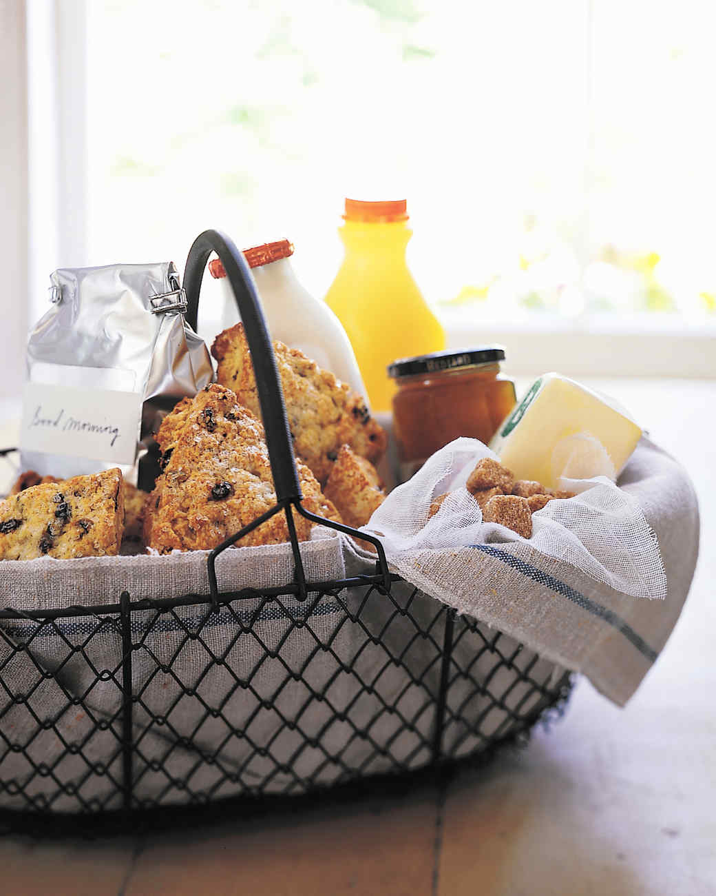 Delightful Gift Ideas For Dinner Party Host Part - 14: Martha Stewart