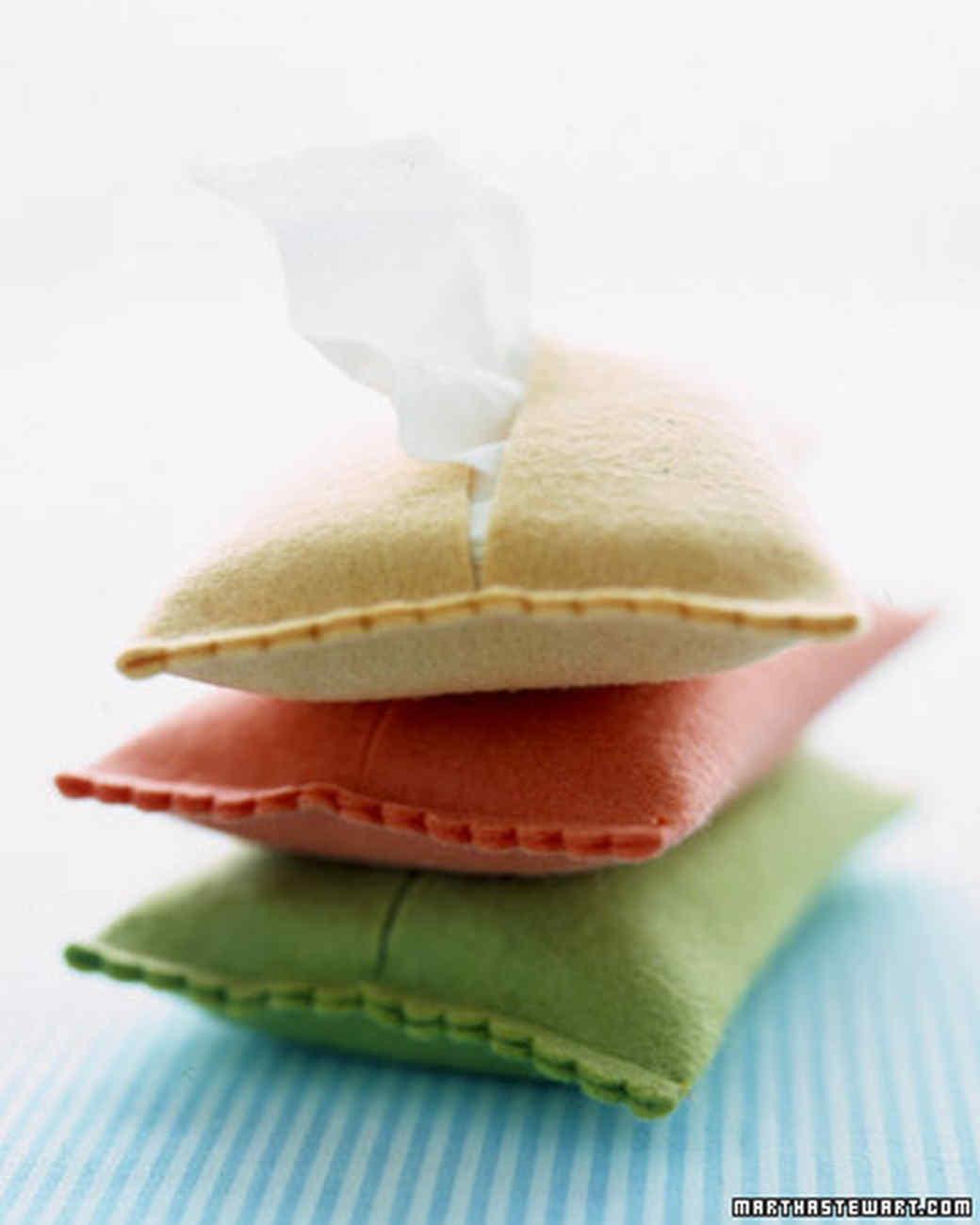 Tissue Holder From Felt | Stunningly Easy Homemade Stocking Stuffer Ideas