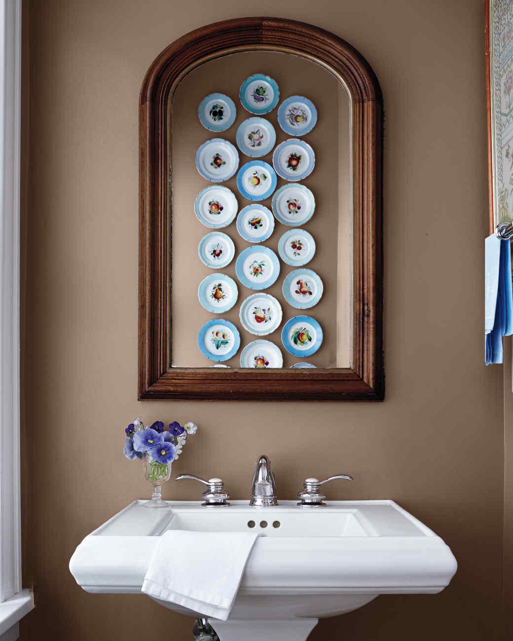 bathroom0217084-md110699.jpg