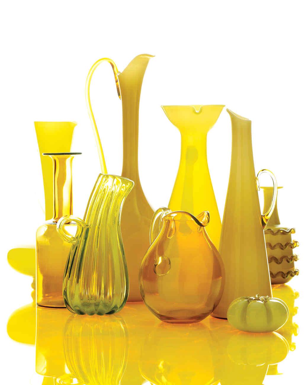 glass-jugs-0511mld107082.jpg