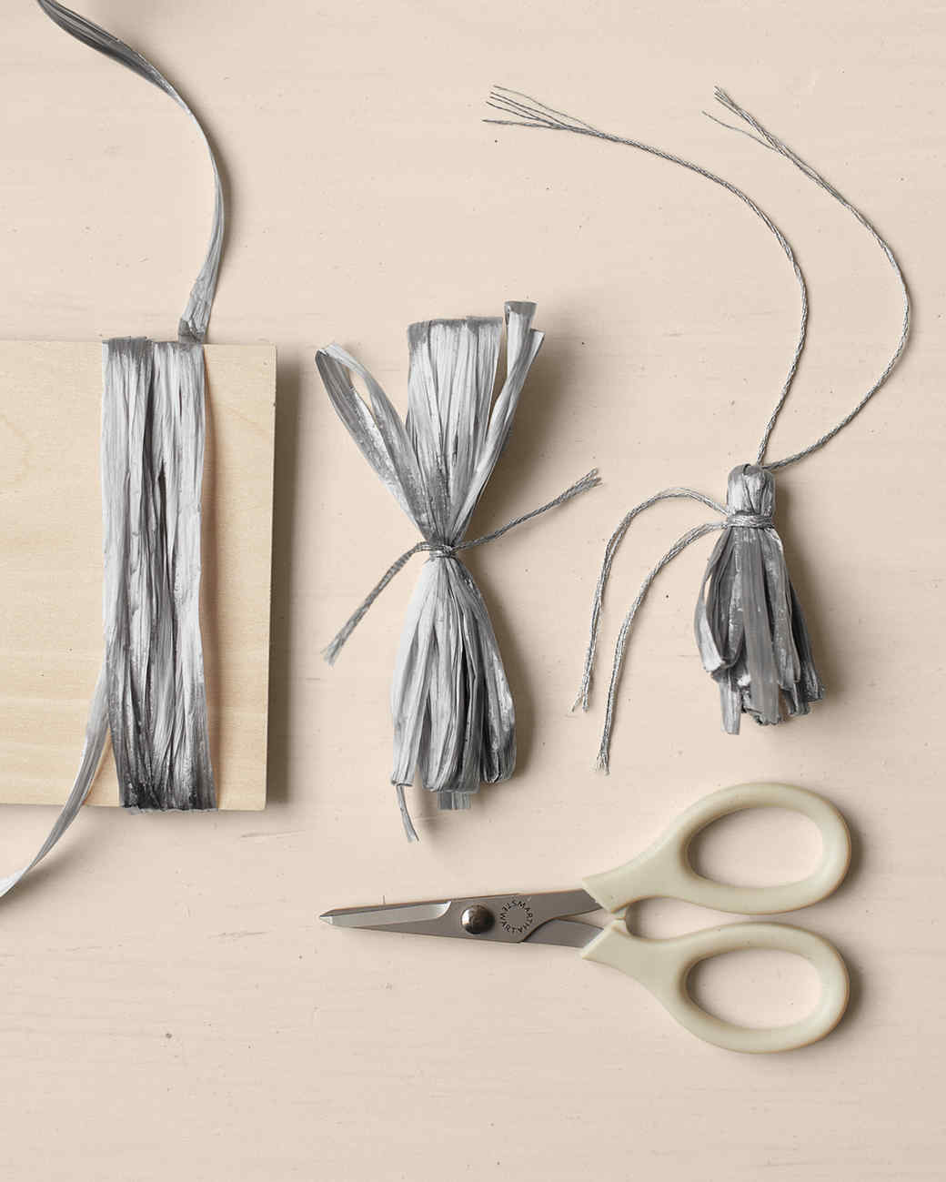 how-to-tassels-mld108592.jpg