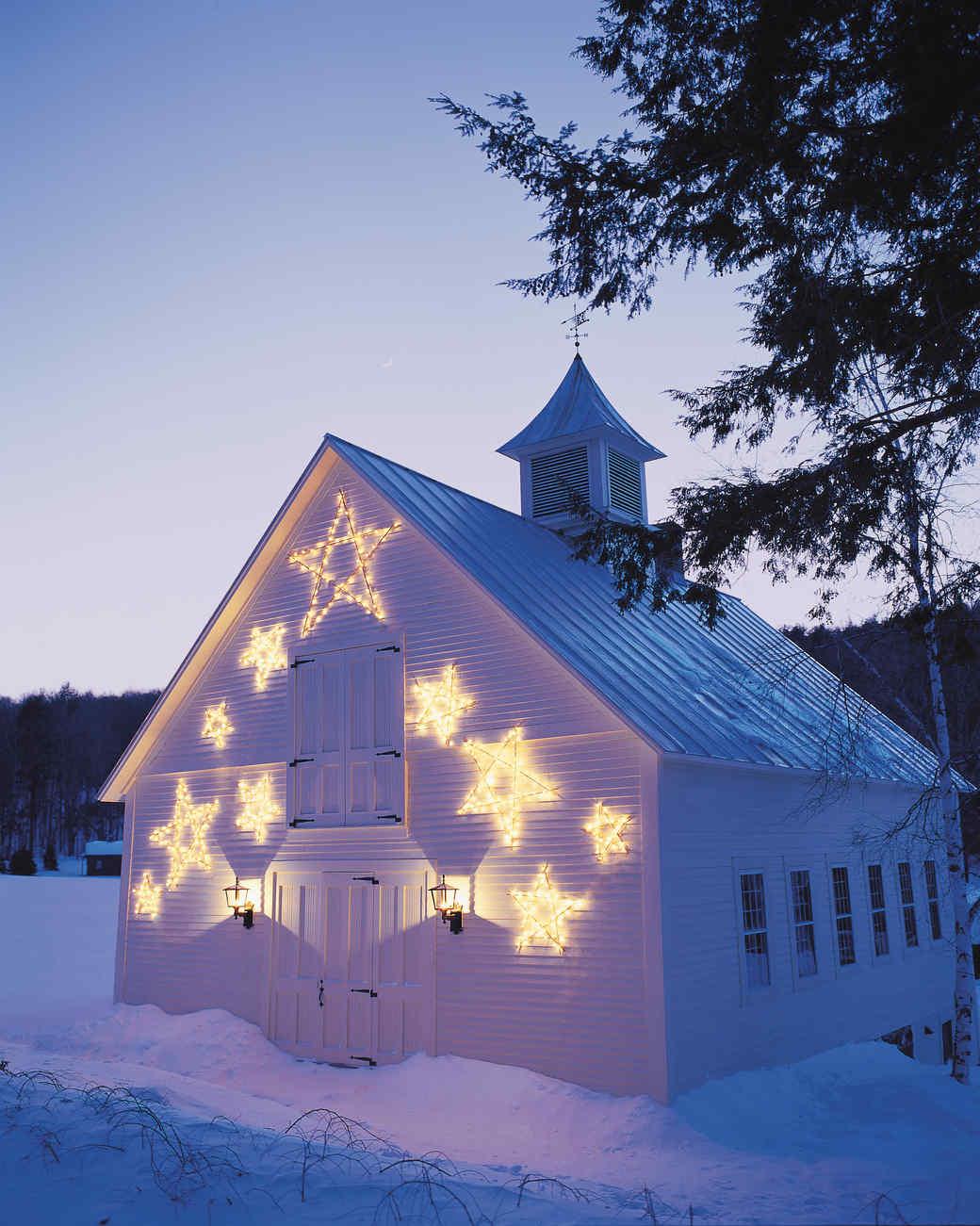Shooting Star Christmas Lights & Video | Martha Stewart