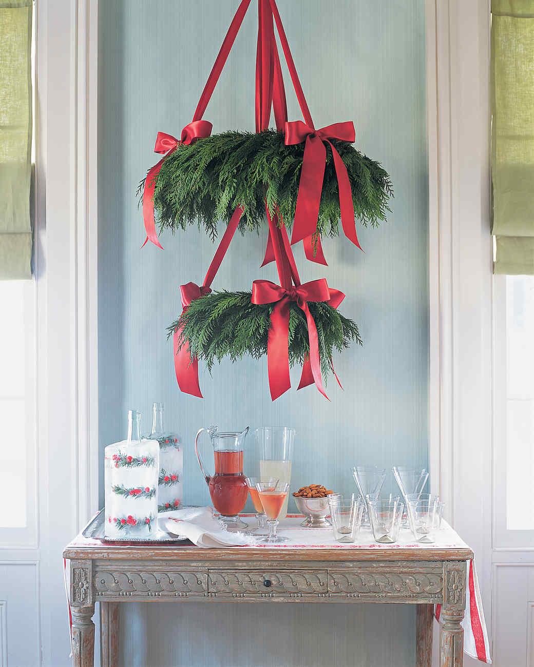 """Cedar Wreath """"Chandelier"""""""