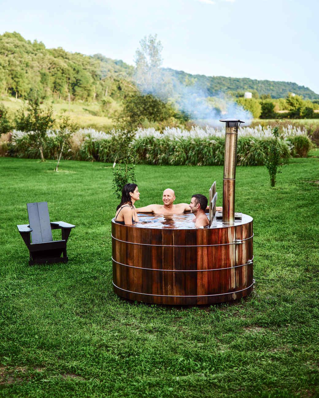 lost creek farm wisconsin hot tub