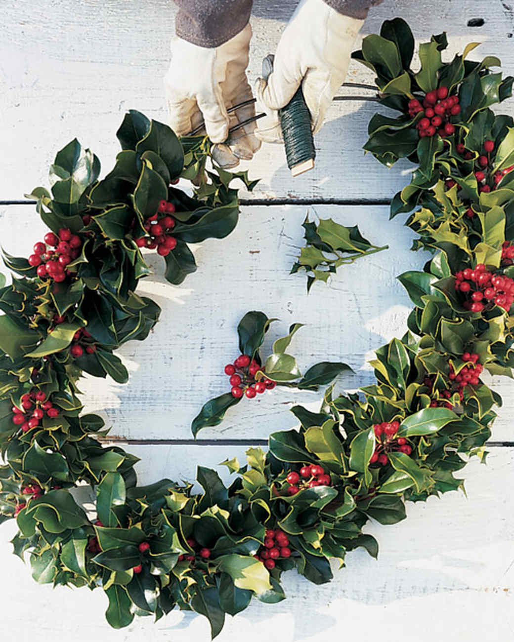 ml012u10_1200_wreath_ht3.jpg