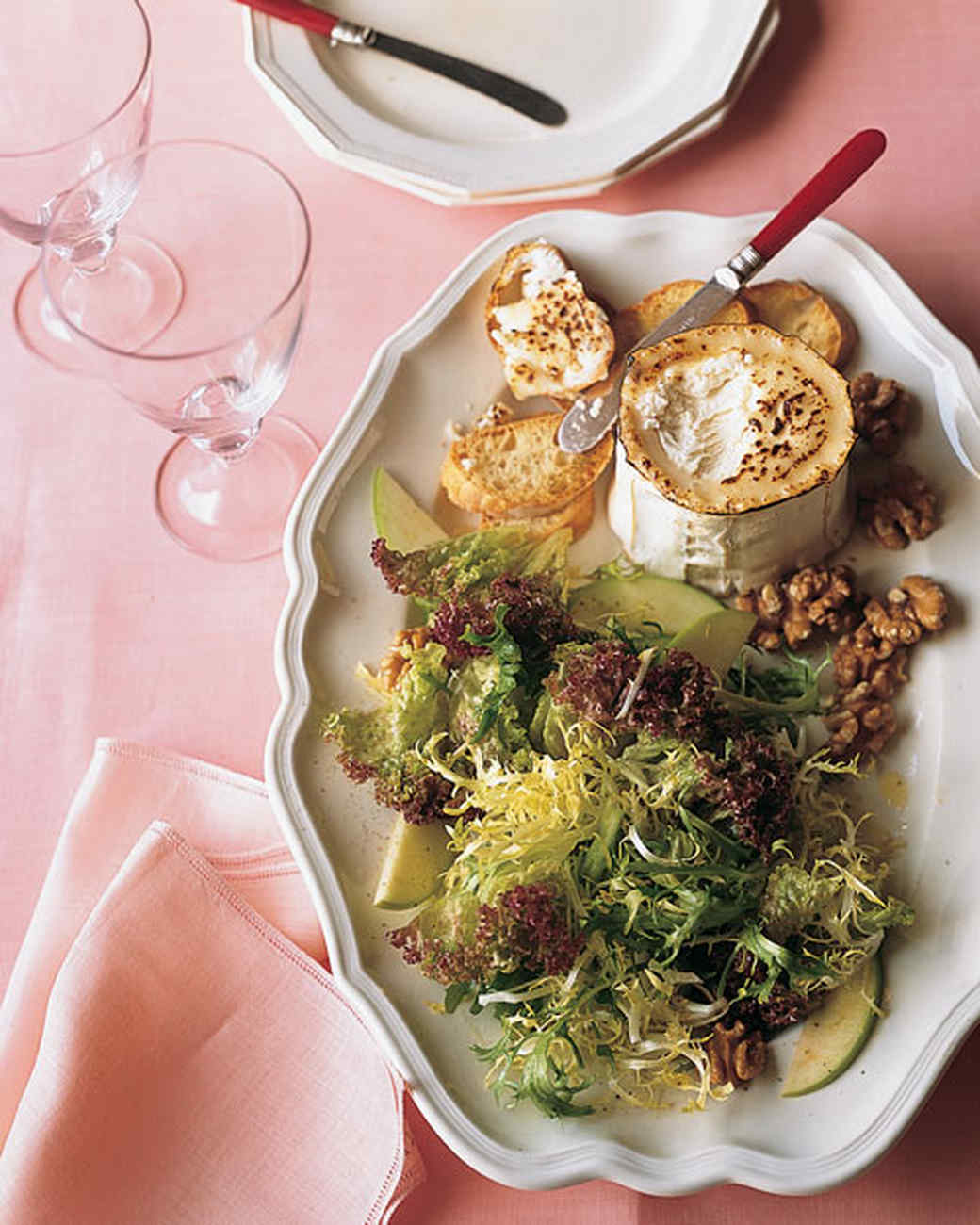 Frisee And Green Apple Salad With Goat Cheese Toasts